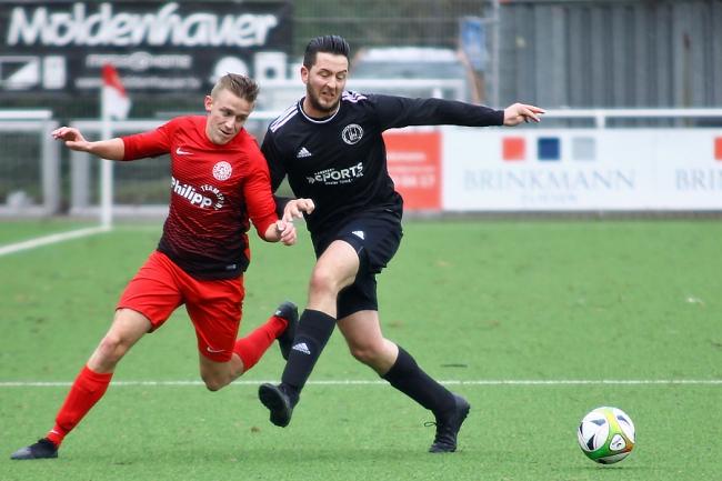 Maceris Sportfreunde II behauptet Tabellenspitze